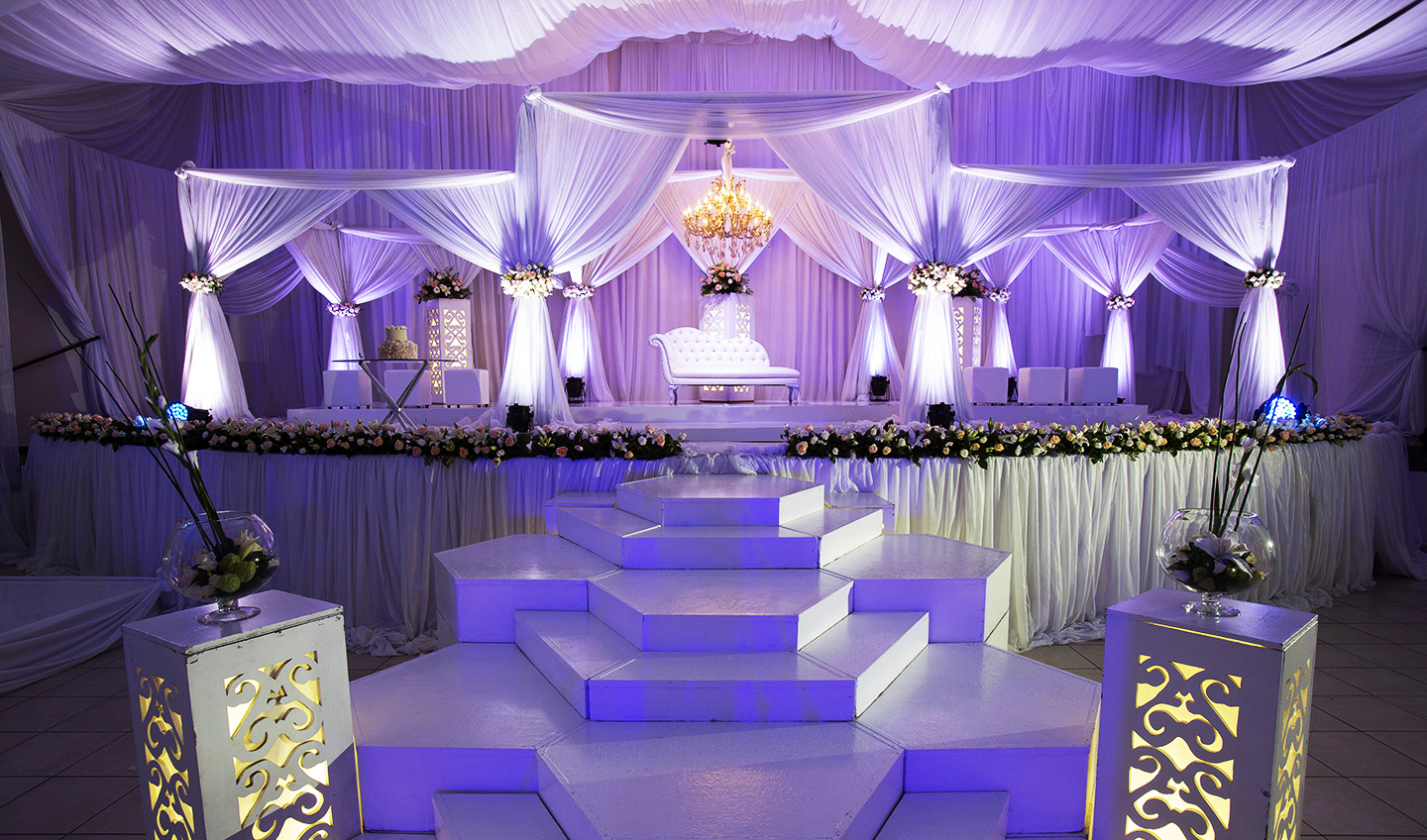 Designer weddings koogan pillay wedding decor durban for Wedding event decorators