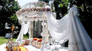 The outdoor Gazebo Set