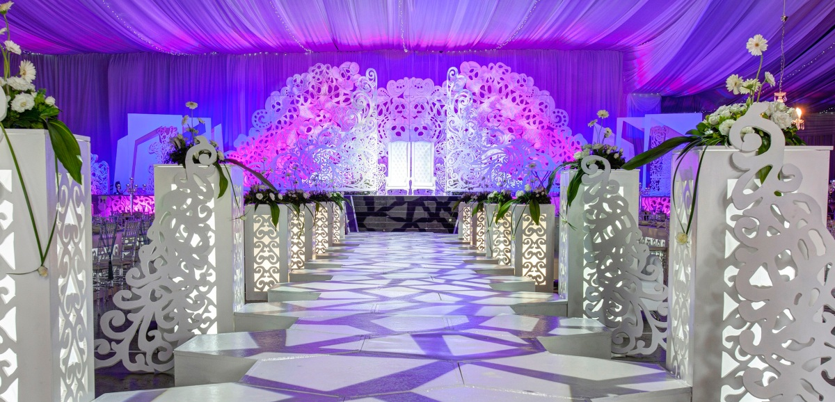Our event and wedding decor philosophy koogan pillay for Arabic wedding stage decoration